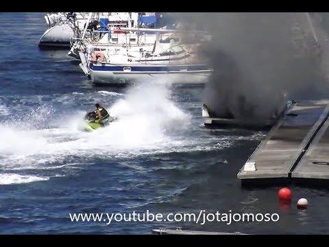 Έσβησε φωτιά σε σκάφος με την βοήθεια του jet ski