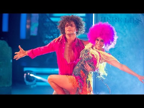 Caroline Flack & Pasha Kovalev Samba to 'Le Freak' – Strictly Come Dancing: 2014 – BBC One