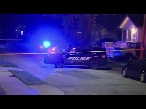 Man, woman injured in shootout in Ecorse