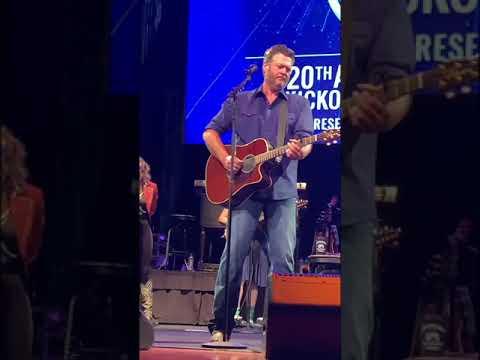 Blake Shelton- God's Country- 05/31/19-CMA Theater Nashville, TN