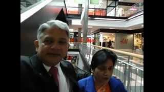 preview picture of video 'Aruna & Hari Sharma in Barcelona Shoppping Center Avinguda Diagonal Sept 27, 2012.mov'