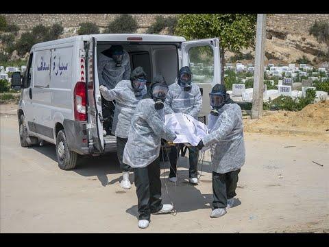 """""""عملية بيضاء"""" في تونس لدفن """"موتى كورونا"""""""