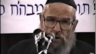"Rabbi Moshe Yitzchok Hecht: ""Has there ever been a day when you haven't thought of the Rebb"