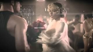 Christina Aguilera|| Morning dessert (FM Video)