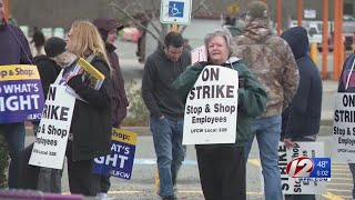 Stop & Shop workers remain on strike