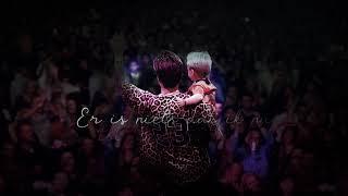 André Hazes & John Ewbank - Kleine Grote Vriend (Official Lyric Video) تحميل MP3