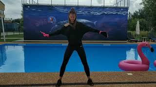 Aquaaerobics. Aqua gloves. Аквааэробика