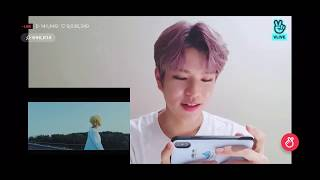 [ENG SUB] Stray Kids Seungmin (승민) reacts to Close by Han (한)