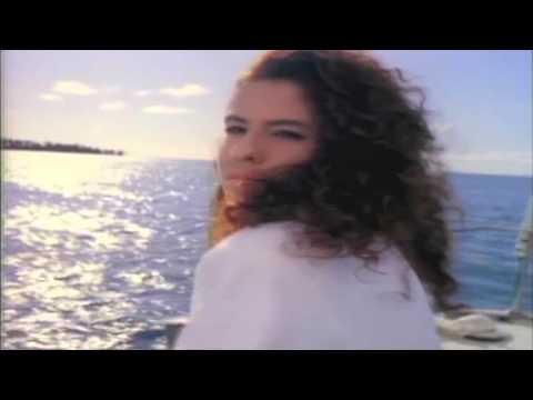 Chayanne - Tu pirata soy yo (Video Official)
