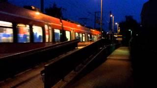 preview picture of video 'S-Bahn Nürnberg: Einfahrt eines ET442 in die Station Röthenbach-Steinberg'