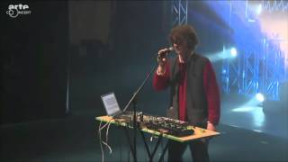 Gambar cover Cosmo Sheldrake - Live in France