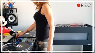 DJ Lady Style – Moombahton Mix
