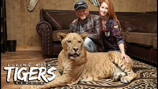 The Man Who Bought Joe Exotic's Zoo | LIVING WITH TIGERS SEASON
