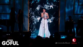 Selena Gomez   Same Old Love (Live At Billboard Women In Music 2015) [HD]
