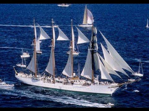 Loaiza entrega la Corbata de Bandera de Diputación al buque escuela Juan Sebastián de Elcano