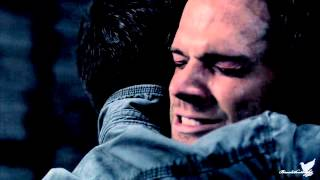Supernatural 8x23 - Skyfall
