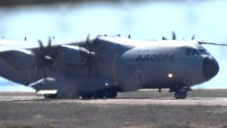 preview picture of video 'Airbus A400M à St Pierre et Miquelon - atterrissage aéroport pointe-blanche'