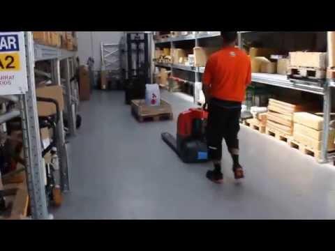 Fuld elektrisk palleløfter 1500 kg.
