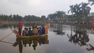 NGỒI TỰA SONG ĐÀO  - NSND Thúy Hường - Trên hồ Ỷ Lan xứ Kinh Bắc - Xuân Đinh Dậu