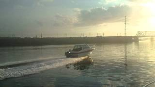 2011-08-13-катер эрик Леха на 250 кобылах