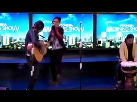 Isa Raja Feat Compromised EGO On Indonesia Morning Show On Net TV   I Want Me Out Mp3