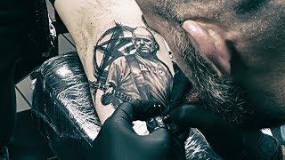 Film do artykułu: Robert Brylewski tatuowany...