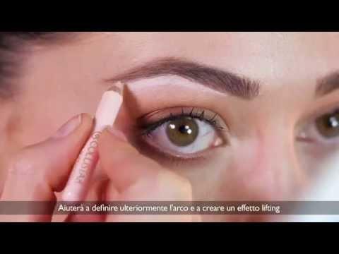 Che togliere hypostasis da occhi dopo un trucco permanente di sopraccigli