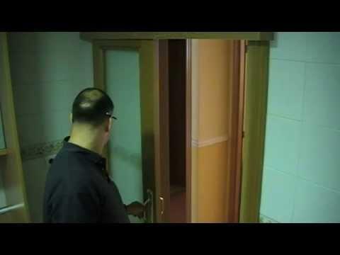 Cambiar una puerta abatible en corredera