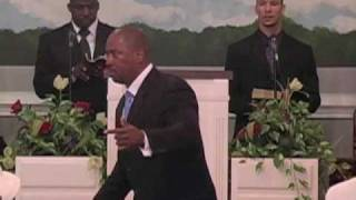 Pastor Smith Eulogizing His Father (4/6)