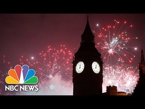 2018 New Year Celebrations Around The World | NBC News