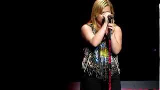 Kelly Clarkson - Cold Desert - Mansfield MA - 8/25/12