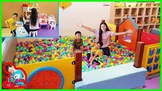 น้องบีม | เล่นห้องของเล่น เที่ยวชลบุรี บัลโคนีซีไซด์ศรีราชา