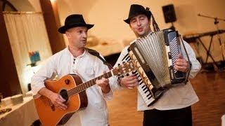 Hráme na slovenskej svadbe (Neďaleko mlyna, Dedinka v údolí, Krčmárik maličký)