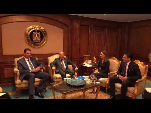 وزيرا الاستثمار و الصناعة يبحثان الخطط المستقبلية لشركة فيليبس العالمية بالسوق المصرى
