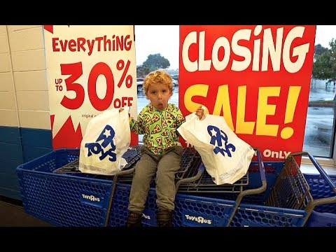Tydus Finds Out Toys R Us Is CLOSING FOREVER!!