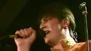 Spandau Ballet To Cut a Long Story Short Live 1981