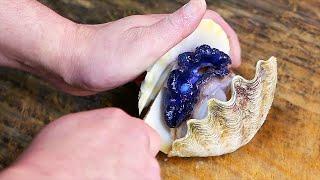 Japanese Street Food - GLOWING CLAMS SASHIMI Okinawa Seafood Japan