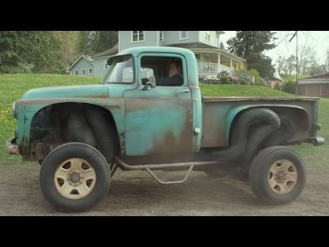 Monster Trucks (Clip 'Engine for My Truck')
