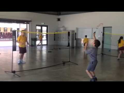6m badminton