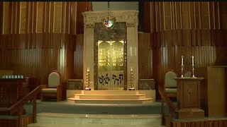 Jewish community observes solemn day of Yom Kippur with service and fasting