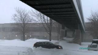 preview picture of video '[HD] Record-Breaking Snowstorm, Dec 27, 2012, Longueuil, Quebec, Ca'