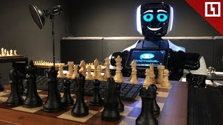 Шахматный робот против звёзд