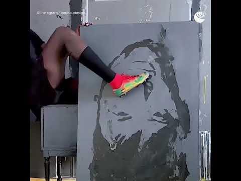 Сенегальский художник рисует при помощи iPhone