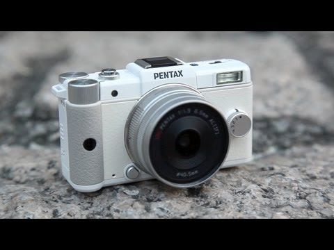 Pentax Q Hands-on Review + Ball of Lights Fail