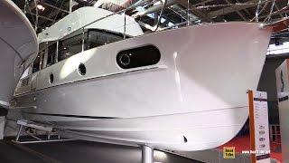 2017 Beneteau Swift Trawler 44 - Deck And Interior Walkaround - 2016 Salon Nautique Paris