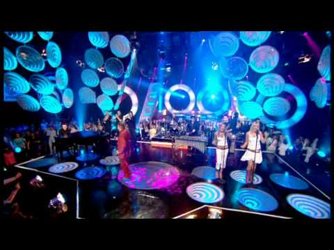 Tony Christie - Is This The Way To Amarillo - Live TOTP 2005