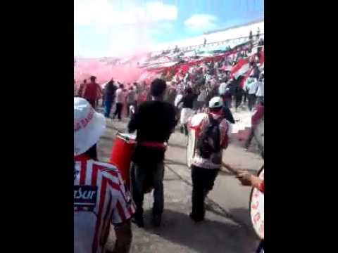 """La DesconTrolada Banda De Jose :D"" Barra: La Banda Descontrolada • Club: Los Andes"
