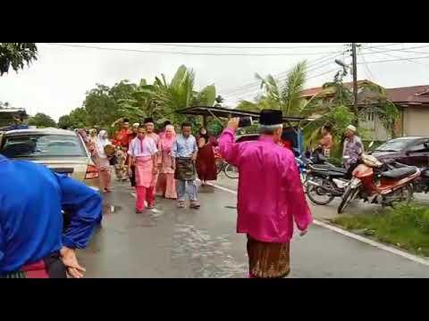 Persembahan silat seni warisan di kampung sessang majlis perkahwinan