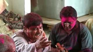 Holi Song : Samo Ji Mo Pe Daaro Pichkari