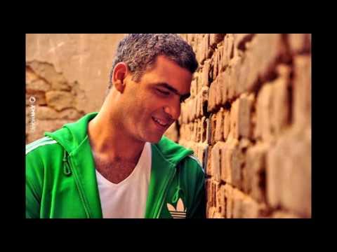 """اسمع: هاني عادل يغني """"حلم هادي"""""""
